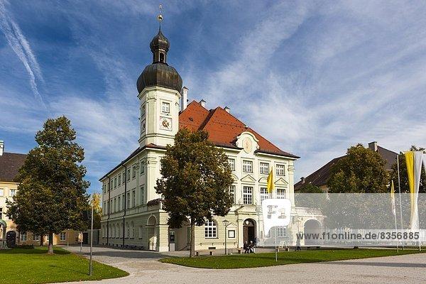 Deutschland  Bayern  Oberbayern  Altoetting  Kapellplatz  Rathaus
