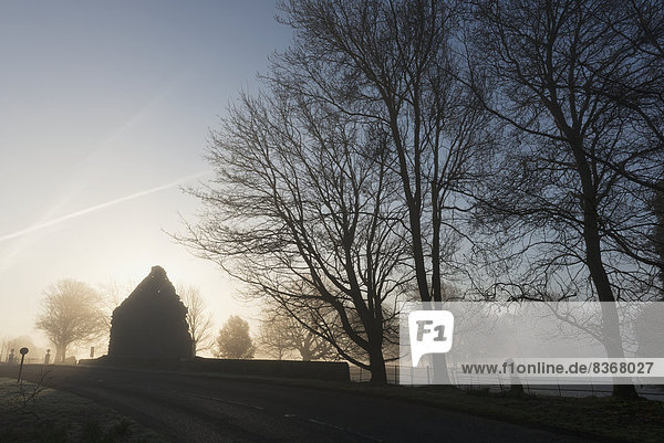 Misty Winter's Morning At Church Of St Thomas The Martyr Winchelsea  East Sussex  England  Uk