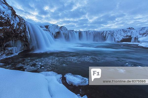 Kälte  Eis  Form  Formen  groß  großes  großer  große  großen  Gegenstand  Island  Wetter