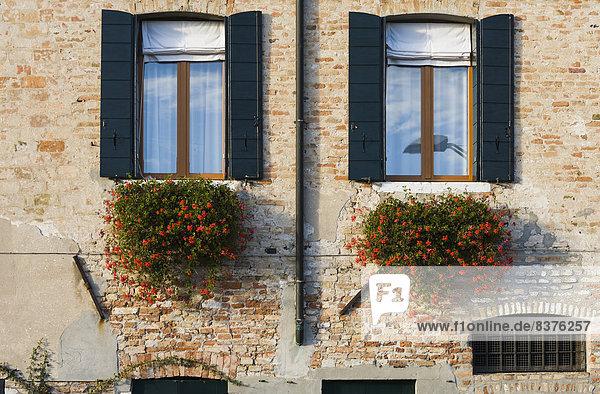 Detail Details Ausschnitt Ausschnitte Stein Gebäude Architektur Italien