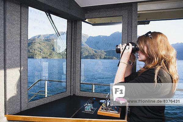 Frau  Reise  Zweifel  Boot  Fernglas  Ansicht  Geräusch  Natürlichkeit  Neuseeland