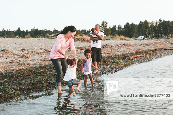 Wasser  Strand  waten  multikulturell  British Columbia  Kanada