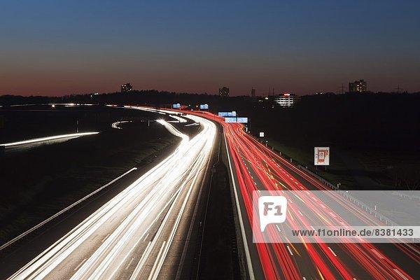 Europa  Hektik  Druck  hektisch  A8  Autobahn  Deutschland  Stunde  Stuttgart