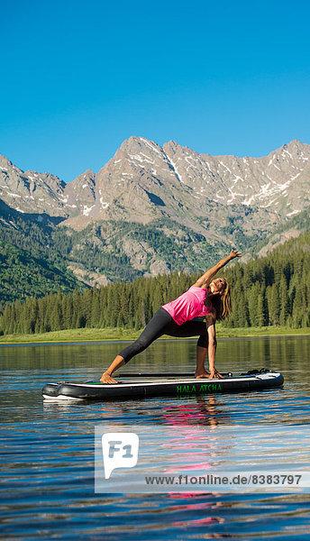 hoch  oben  Paddel  Yoga
