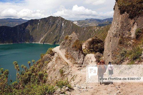 Wasser  grün  See  Vulkan  Krater  Ecuador  Südamerika
