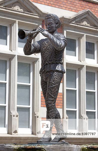 Sculpture  Pied Piper of Hamelin  Hameln  Lower Saxony  Germany