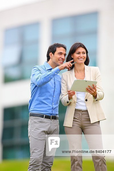 Einkaufszentrum  Geschäftsfrau  Technologie  Geschäftsmann  Business  Spanien