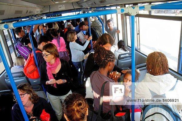 Paris  Hauptstadt  Frankreich  Europa  Frau  französisch  ankommen  Passagier