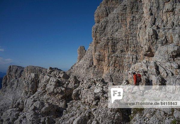 Bergsteiger in den Brenta-Dolomiten  Italien