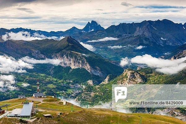 Europa  über  Ski  Ansicht  Zimmer  Aragonien  Pyrenäen  Spanien  Valle