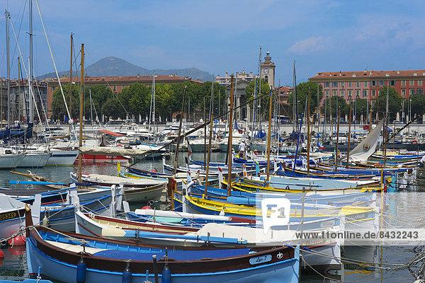 Fischereihafen  Fischerhafen  Außenaufnahme  Helligkeit  Hafen  Frankreich  Europa  Tag  Boot  Freundlichkeit  Cote d Azur
