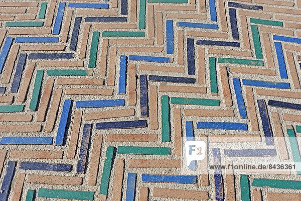 Detail  Details  Ausschnitt  Ausschnitte  Muster  Europa  Kunst  ES350  Keramik  Kachel  Andalusien  Mosaik  Schnittmuster  Spanien