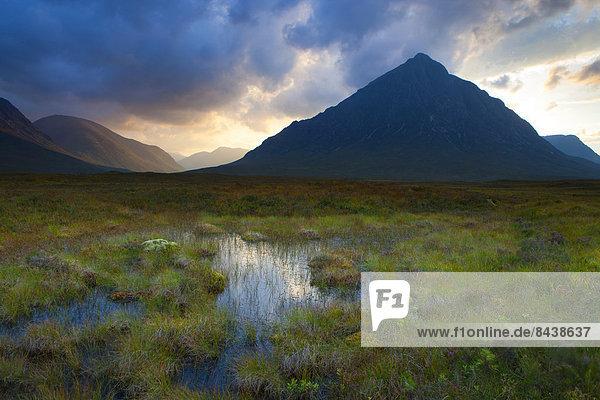 Rannoch moor  Great Britain  Europe  Scotland  highland  mountains  moor  autumn  evening  mood