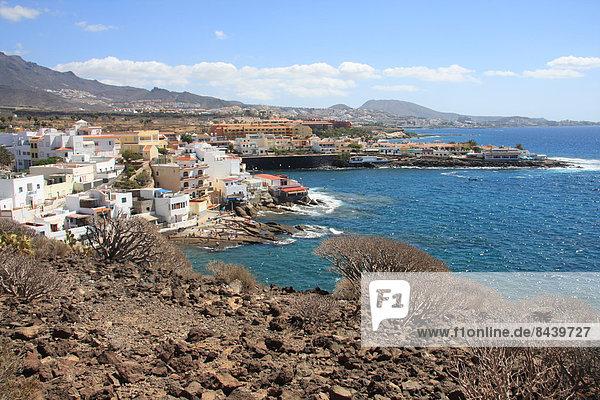Europa Wohnhaus Gebäude Meer Dorf Kanaren Kanarische Inseln Spanien Teneriffa