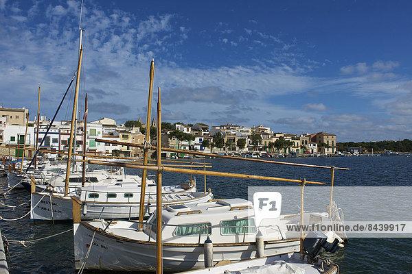 Fischereihafen Fischerhafen Außenaufnahme Hafen Europa niemand Boot Portocolom Balearen Balearische Inseln Mallorca Mittelmeer Spanien