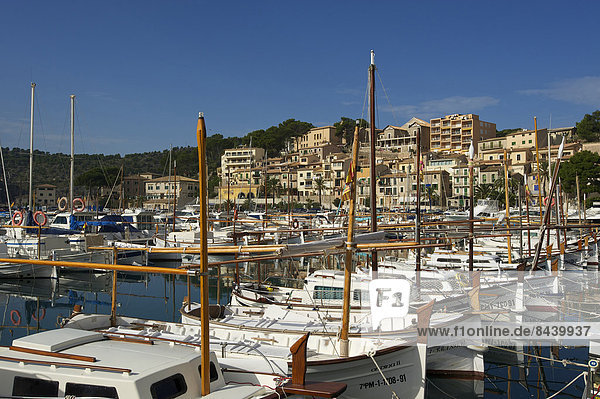 Fischereihafen  Fischerhafen  Außenaufnahme  Hafen  Europa  Tradition  niemand  Boot  Ansicht  Balearen  Balearische Inseln  Mallorca  Spanien