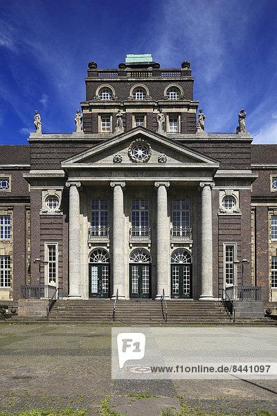 Schule  Deutschland  Krefeld  Nordrhein-Westfalen  Rheinland