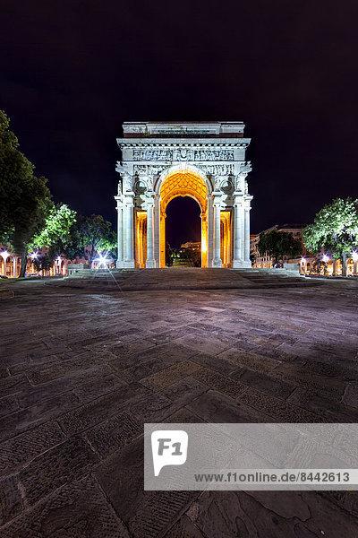 Italy  Genoa  Piazza della Vittoria  Arco della Vittoria at night