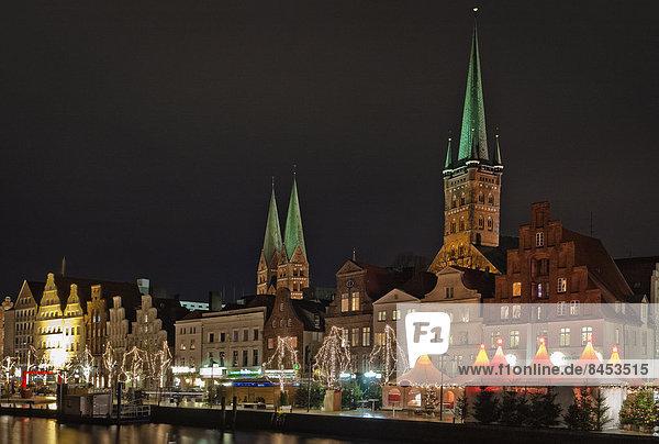 Weihnachtsmarkt in Lübeck  Schleswig-Holstein  Deutschland