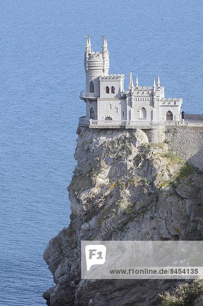 Neugotisches Schloss Schwalbennest  Ai-Todor-Kap  bei Jalta  Krim  Ukraine