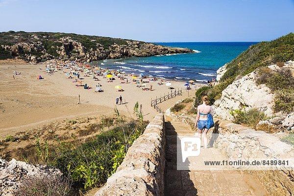 Stufe gehen Strand Tourist