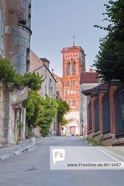 Dorf  Burgund