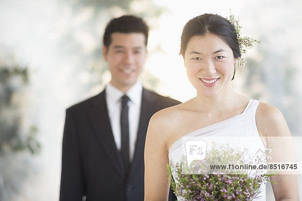 Blumenstrauß  Strauß  Braut  Hochzeit  halten