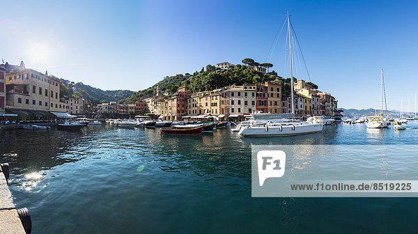 Italien  Ligurien  Portofino  Boote vor dem Hafen