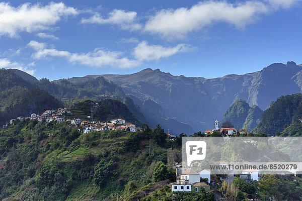 Portugal  Madeira  Gebirge bei Santana