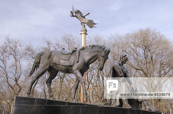 Bronze-Denkmal für Anton Golovaty oder Antin Holovaty  Saporoger Kosakenführer  Odessa  Oblast Odessa  Ukraine