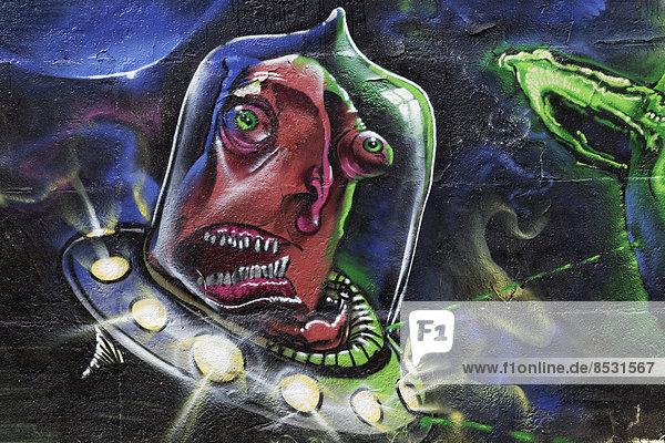 Alien in einem UFO  Graffito  Nordrhein-Westfalen  Deutschland