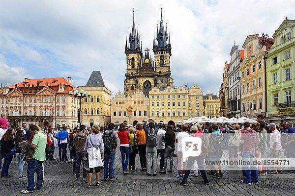 Prag  Hauptstadt  Europa  Stadt  Kirche  Quadrat  Quadrate  quadratisch  quadratisches  quadratischer  Tschechische Republik  Tschechien  Tyn  alt
