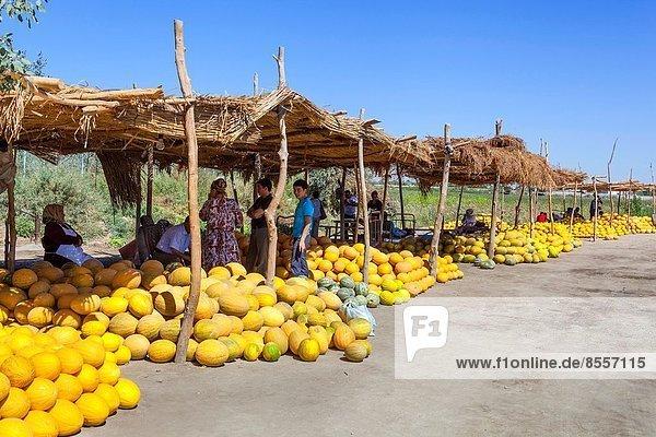 Melone  Außenaufnahme  verkaufen  Markt  Usbekistan