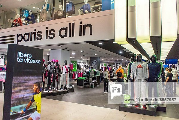 Paris  Hauptstadt  Frankreich  Sport  Kleidung  Laden  Allee