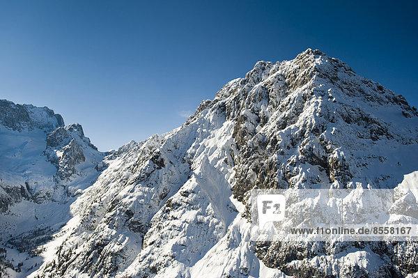 Höllental  Wettersteingebirge  Waxenstein  Waxensteinkamm  Zugspitze  Garmisch-Partenkirchen  Grainau  Werdenfelserland  Oberland  Bayern  Deutschland