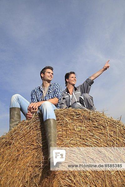 Frankreich  junges Bauernpaar.
