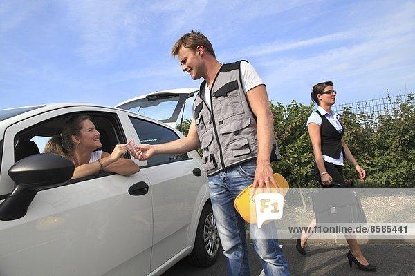 Frankreich  Mitfahrgelegenheiten für junge Arbeiter.