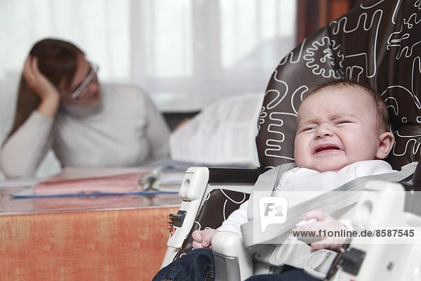 Frankreich  zwei Monate altes Baby.
