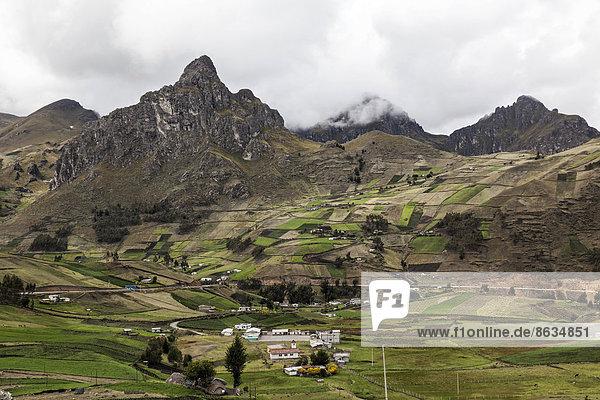 Berg folgen Landschaft wandern vorwärts Ecuador