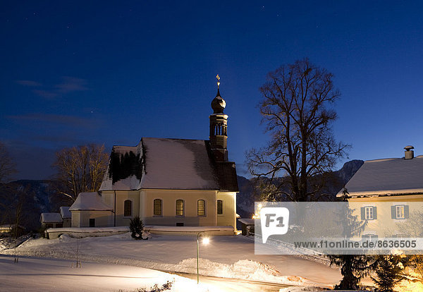Pilgrimage Church of Maria Hilf  Hilfberg Church  Mondsee lake  Salzkammergut  Austria