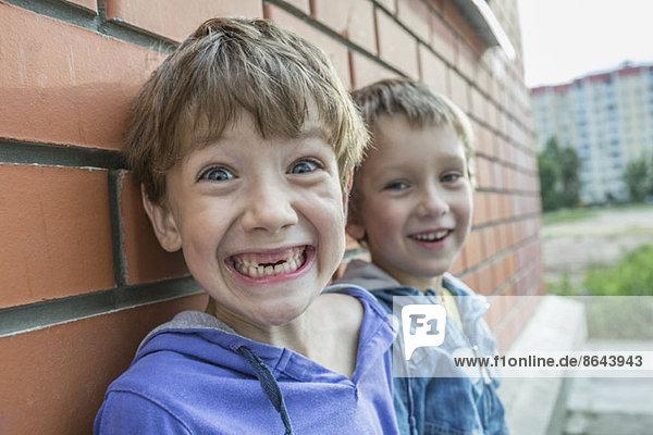 Portrait von lächelnden Jungen