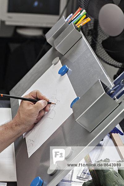 Männerzeichnung auf Papier