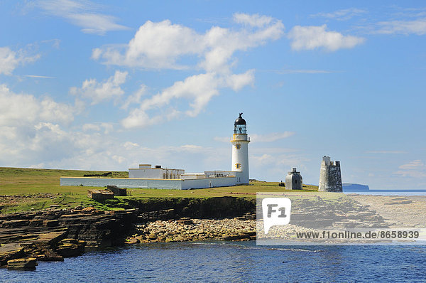 Leuchtturm auf der Insel Stroma im Pentland Firth  Caithness  Schottland  Großbritannien