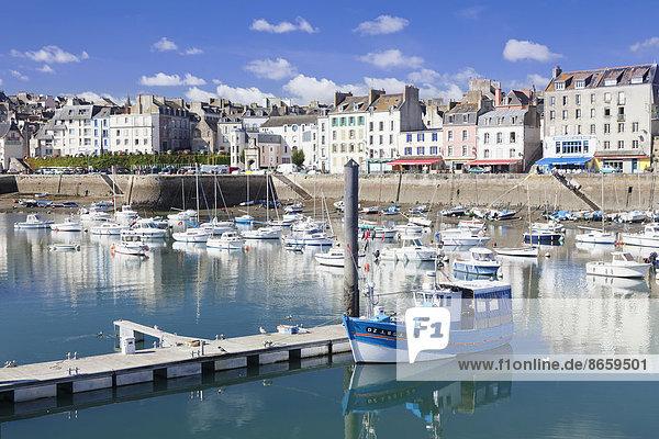 Hafen von Douarnenez  Département Finistère  Bretagne  Frankreich