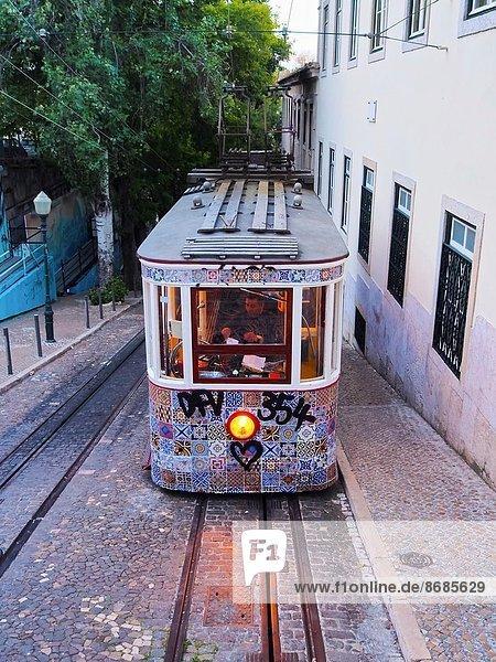 Lissabon  Hauptstadt  hoch  oben  gehen  Straße  Seilbahn  Portugal Lissabon, Hauptstadt ,hoch, oben ,gehen ,Straße ,Seilbahn ,Portugal