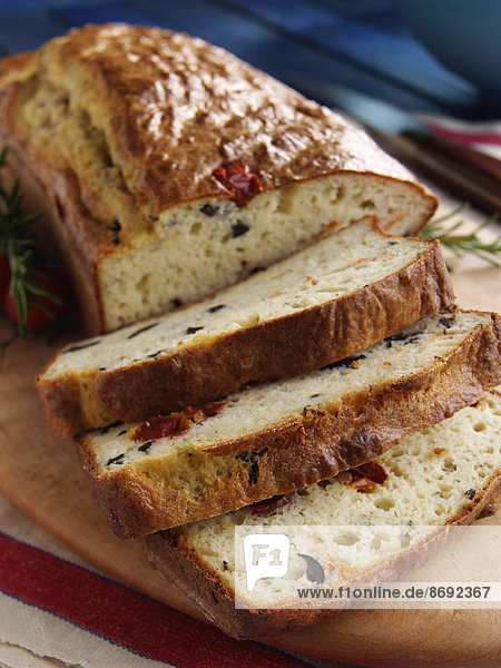 Brotlaib aufgeschnitten