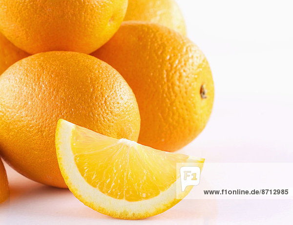 Orange  Orangen  Apfelsine  Apfelsinen  weiß  Hintergrund  schießen  Studioaufnahme