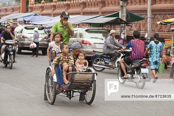 Straßenverkehr in Phnom Penh  Kambodscha