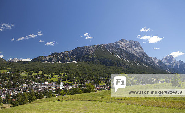 Ortsansicht  Cortina d'Ampezzo  Provinz Belluno  Venetien  Italien