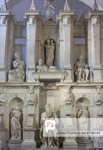 Juliusgrabmal von Michelangelo  Basilica di San Pietro in Vincoli  Rom  Latium  Italien